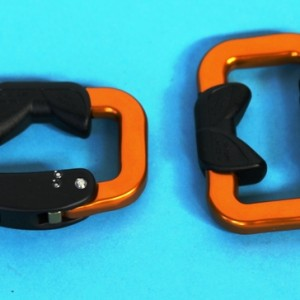 Small Strap Carabiners, Pair T8M25